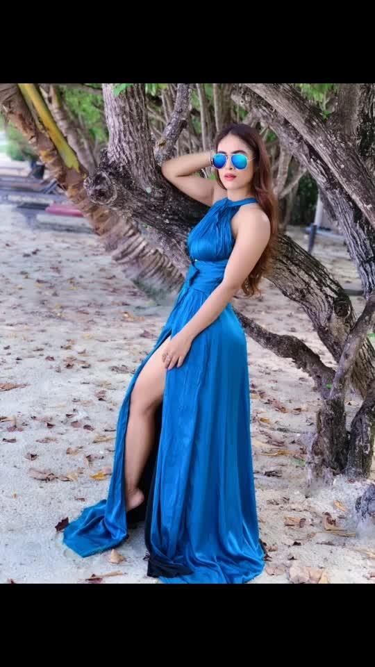 To Walk in Nature is to Witness a Thousand Miracles🌴🌴☘️🌿🌱 : Outfit designed by @rsbyrippiisethi  : #natur #naturelove #beautyatitsbest #blue #feelingblue #maldivesislands #maldives #paradiseislandmaldives #paradiseisland #paradise #myfav #myhappyplace #luxurylifestyle #luxuryworldtraveler #travelblogger #travelandleisure #travelwithme #nehamalik #model #blogger #actor #instagood #instafollow #instatravel
