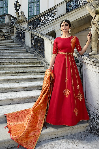 Ready Made Prachi Desai Red Art Silk Anarkali Suit. Link to Buy:- https://bit.ly/2DkO347 To Order Whats-app us (+91) 8097909000 * * * * #salwar #salwarsuits #dress #dresses #longsuits #suitsonline#patialasuits #onlinepatialasuits #embroidered #prachidesaisuits #bollywood #fashion #style #stylish #love #offer #beauty #beautiful #pretty #design #shopping #ethnicwear❤️✌️