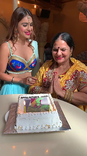Best moment of the day ♥️♥️♥️♥️ celebrated mommy's bday during shoot with my team ♥️♥️ and thank you soo much to all my lovely fans and followers for sending lovely birthday wishes for my mom ♥️ it really means a lot to me 🙏 god bless you all 🙏 : #happybirthdaymom #cakecutting #birthdaycake #birthdaycelebration #birthdayqueen #mymommy #mylove #myworld #myeverything #sohappy #bestmoments #bestoftheday #happymoments #momdaughter #mommyandme #loveyousomuch #nehamalik #model #actor #blogger #instagood #instavideo #instafollow