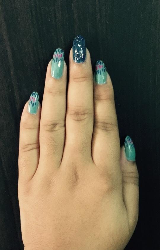 Randomness because I love Blue #nail #nailart #nails #nailarts #nailaddict #nailfever #nail-addict #nail-designs #nailswag #nailartblogger #nailartist