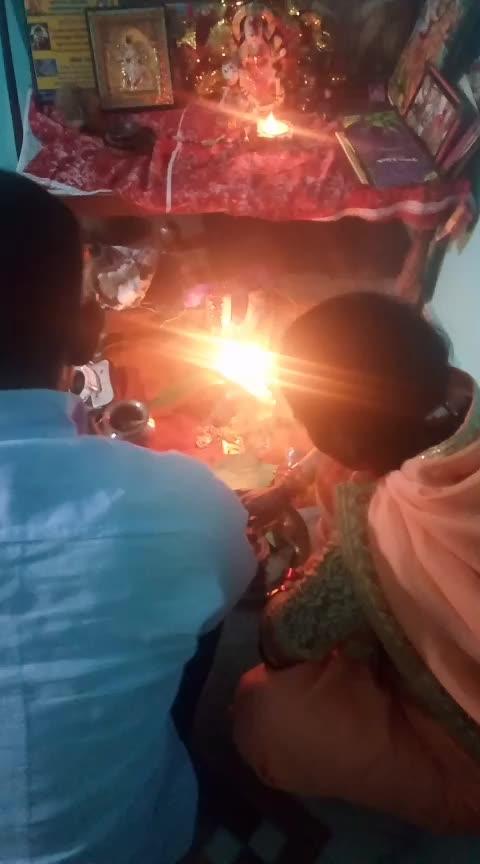 #Roposodiwali #lakshmipuja #mydiwalilook #myootd #traditionalwear #diwali2018 #diwalicelebration #decoration #roposolove 😍😍
