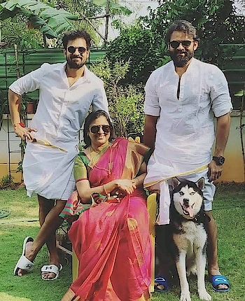 Wow Beautiful Pic #SaiDharamTej Sir with his family #FestivalMode