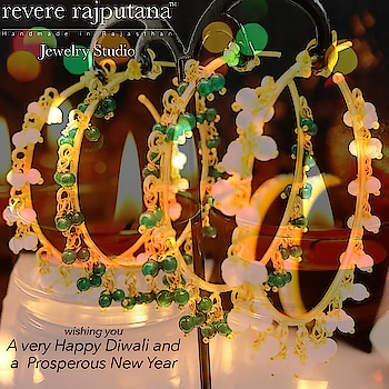 best wishes❤️ #reverelove  #ropo-beauty #diwali #model #partystarter #earringsoftheday #goodvibes #jewellerydesigner #deepawali #diya #jewellery #natural #beauty #indianwear ‪#festivaloflights  #kundanjewellery #fun #weekend #pearls #fashionblogger #wristcandy #jewelleryoftheday #celebritystyle #happy #indianwear #befashionable #stacking #cuffbracelet