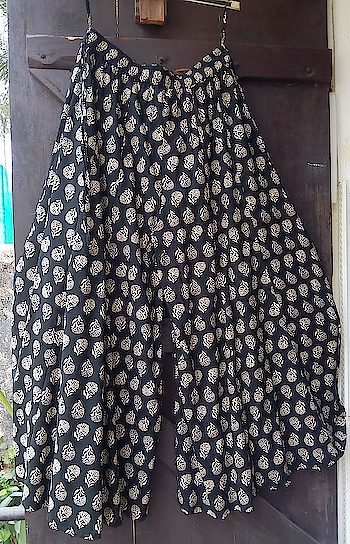 Circular Palazzo Pants. Waist Size up to 30. INR 750/-. DM/ WhatsAPP: 9061852326 or Click Link: https://www.thetrunk.co.in/p…/black-cotton-circular-palazzo… #gypsygirl #bohofashion #vintage #thetrunkmanjeri #streetfashion #cult #hippiestyle #palazzo #cullotes #dividedskirt #tribal #indiefashion #cult #travellersfashion #affordablefashion #thrift #womenswear #girlboss #onlineshopping #fashionmania #daredevil #trending #trousers #blockprint #hotinhere #lit #indianfashion #airportlook #hipchic #travelbug