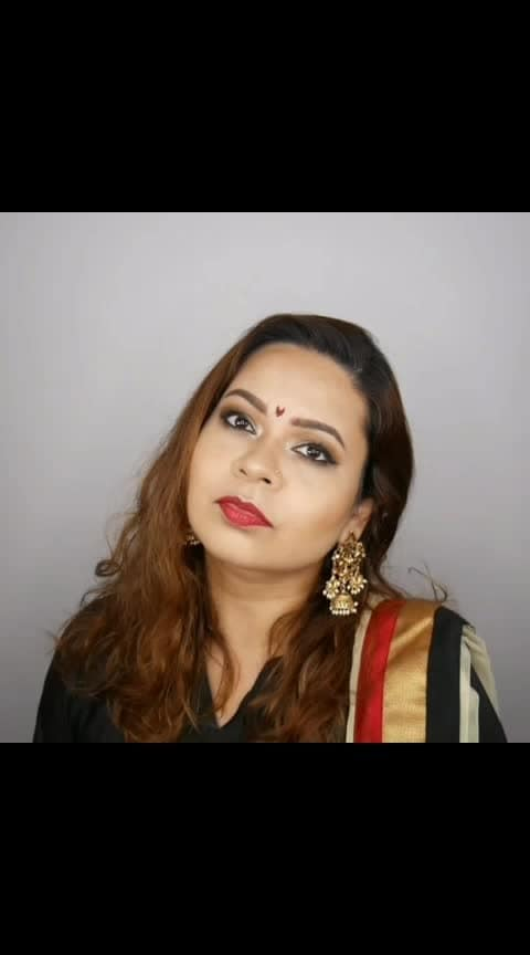 The Makeup Look I had on for Deepavali is now live on YouTube!  #theleiavblog #youtuber #beautyblogger #indianyoutuber #beautyvlogger #singaporebeautyblog #singaporebeautyblogger #clozette #theleiav #indianbeautyblogger #indianblogger #fashionblogger #mummyblogger