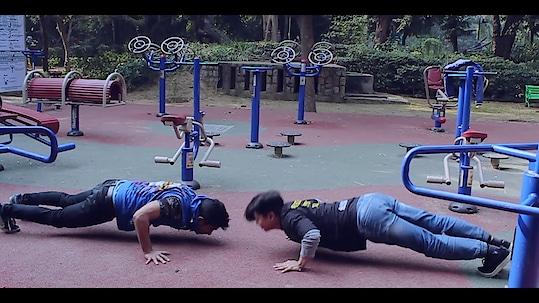 full body fitness by our crew.. #roposodiwali #soroposo #roposolove #bboylife #dancerslife #artist #fitness #fullbodyworkout
