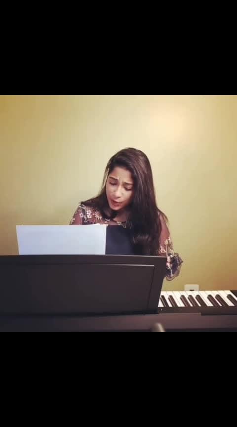#taxiwaala #matevinadhugaaasong #coversong #vijaydevarakonda #beautifulgirl #best-song #tollywood #bollywood #indian #arjunreddy #geethagovindam #sidsriram  #lyrics #followme #followmeonroposo #followshoutoutlikecomment #followme