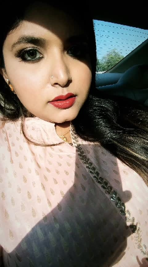 Hope all you folks had a glam Diwali! Go visit www.trendogue.com because there has been some crazy things going on there.  #beauty #makeup #glam #makeupartist #makeuplover #beautyblogger #fashion #indianblogger #follow #love #fun