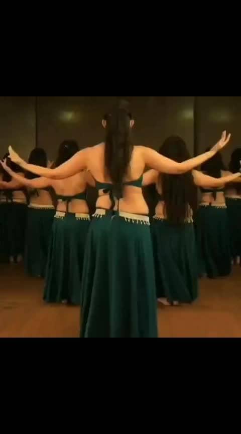 Song : Swag Se Swagat Performer :@banjaraschoolofdance Choreography :@meherbanjaran . . #dance#dancer#lovedance#dancelove#lovedancing#dancelover#bollywood#bollywooddance#bellydance#swagseswagat#bellydancers#bellydanceforlife#Bellydancefusion#swag#girlsswag#hot#sexy#choreographer#choreography#indiandanceassociation_