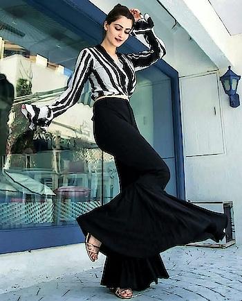#woman-fashion #fashion_trends #fashionables