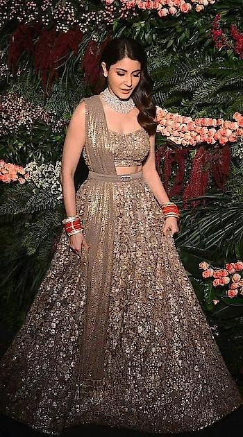 #anushkasharma #fashionweekend