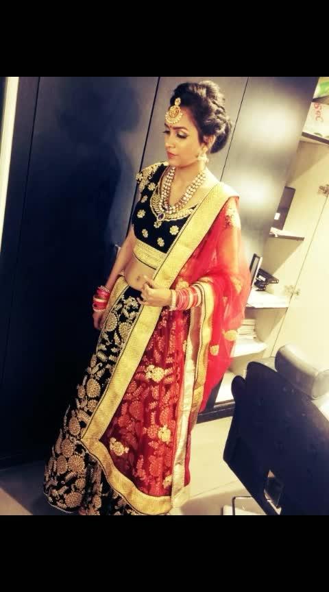 #bridal-jewellery #bridal-fashion-designer #bridal-wear #bridal-makeup #contemporarymakeupartist #contemporaryjewellery #contemporaryfashion #ropo-good #ropo #ropo-beauty #ropo-post #ropo-makeup 😍😘