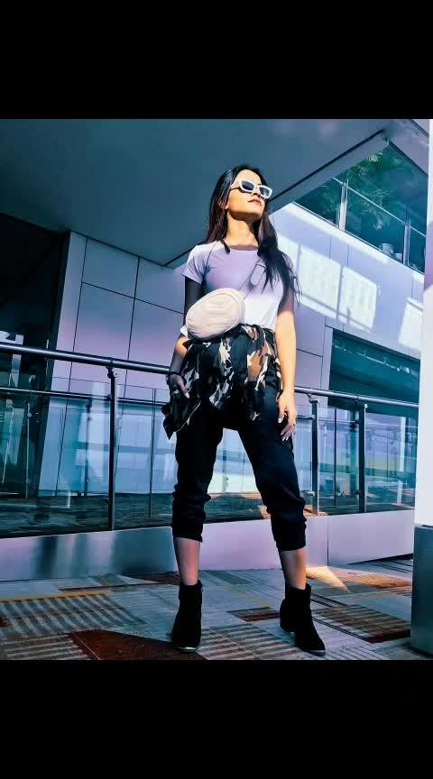 #airport #airportoutfit #ootd #airportlook #fashionoftheday #airportstyle #airportfashion #blackandwhite #camijacket #camoflauge #camouflage #boots #bumbag #beltbag #postoftheday #trend #style #indianfashionblogger #delhifashionblogger #aashimalamba #thebasicrebel