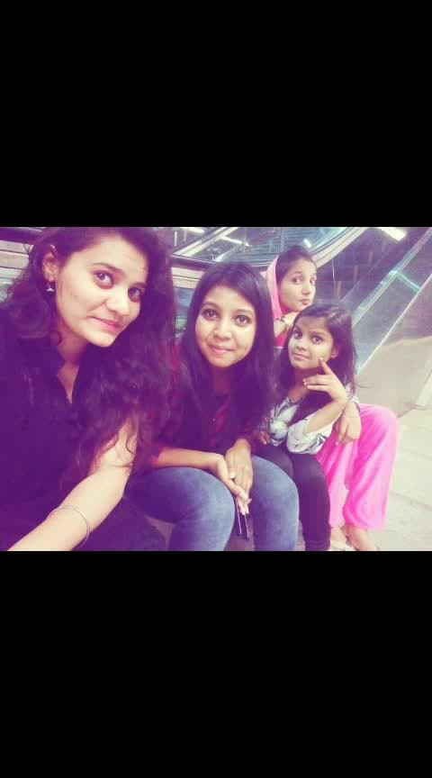 Friend Goal🤩 #friends #roposo-love-friends #best-friends #relationship #roposo #roposostar #happy #indian