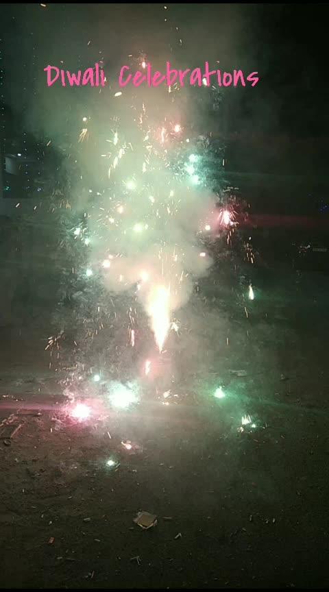 #diwalicelebrations #diwali #roposo-happy-diwali #fireworks