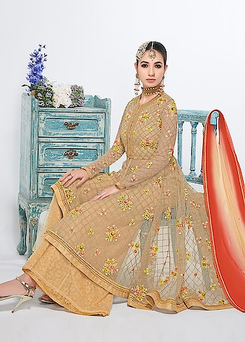 Manndola Flaunts it's exclusive latest collection with fresh Colours and hues only for this Festive Season. Grab this Awesome Party Wear #Beige Suit that can never go wrong for any occasion. Shop now only @ https://goo.gl/F1LRhj #indianwear #SalwarSuit #SalwarSuitOnline #BuyOnline #embroidery #sneakpeek #jinaam #Surat #Mumbai #India #Unitedstates #USA #Canada #Australia #Dubai #UAE #Mauritius #London #Uk #shopnow