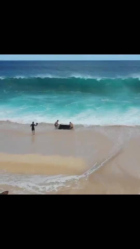 #ocean #waves #entertainment #18plusjokes #telugu #hindi #english #tollywood #bollywood #hollywood #kollywood #anushka #samantha #kajal #jrntr #ramcharan #rrr-rajamouli #rrr #rajamouli