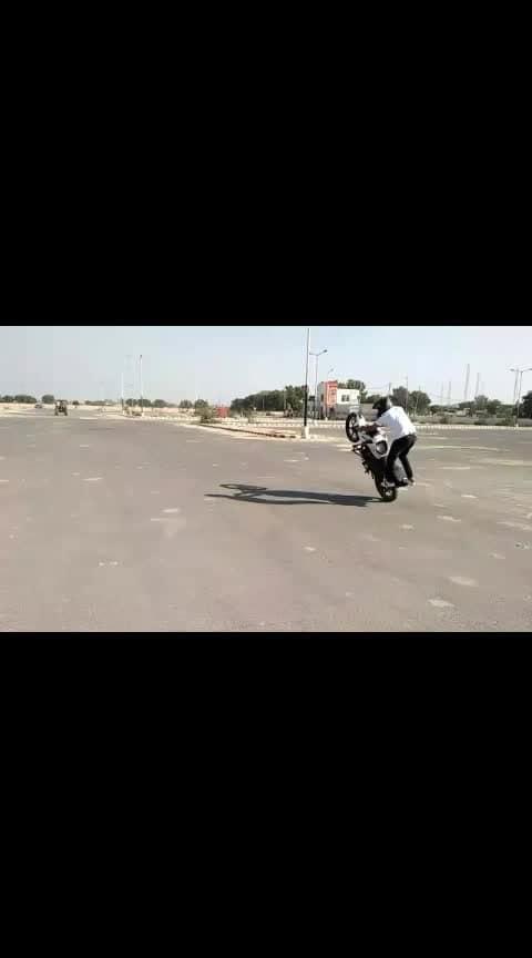 StuntRider maan Freestyle stunts
