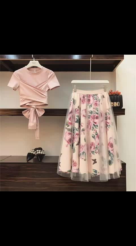 Skirt n Top , love the pink  #pink #hot-pink #top-skirt #skirtlove #skirt-forevernew #aliexpress #skirtandtop #top-skirt #skirt #top #fancytops #fancytop #trendy #trendyfashion #trendyt-shirts #roposofasion #roposofashiontips