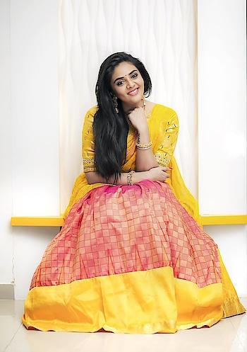 SreeMukhi #sreemukhi #southindianactress #teluguactress #halfsaree #southindianfashion #southindianacress #yellow #beauty #beautifulgirl #southactress #southindiangirl #model #indianmodel #modelphotoshoot #modelphotography #model #indianmodel #beautifulgirl #beautifulactress