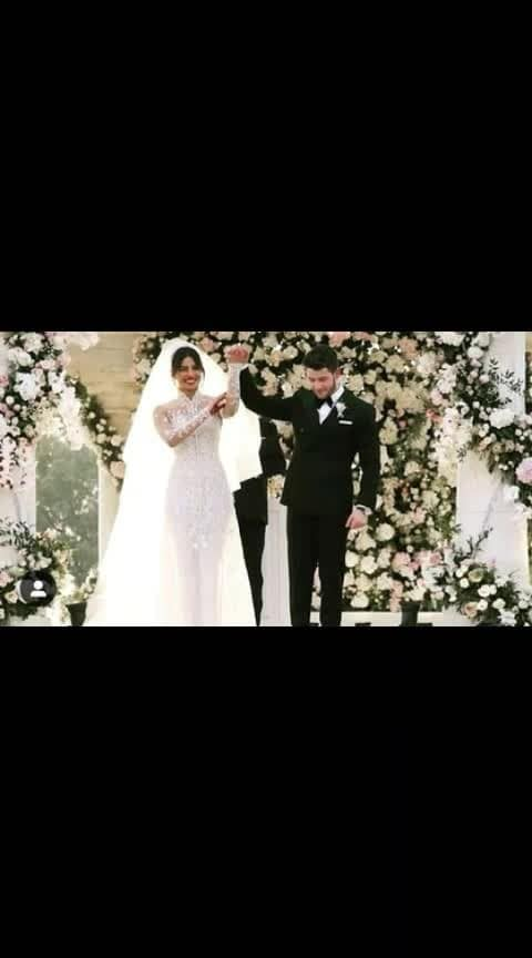Official wedding pic #nickyanka #prinick #priyankachopra #nickjonas #wedding #love #marriage #christianwedding #roposoeffects