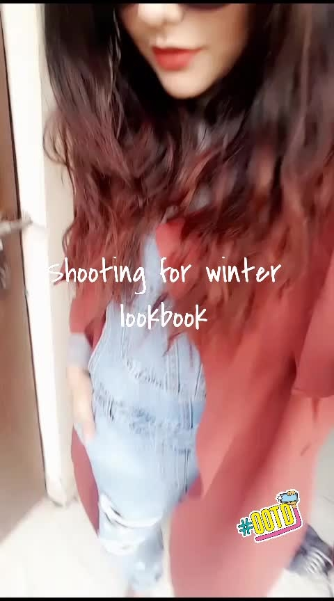 Shooting for my first youtube video . . . . . .   . .  #winter-style #winterlook #winterwardrobe #winterlookbook #wintertrends #fashion #fashionblogger #roposoblogger #lucknowblogger #delhibloggergirl #delhibloggercommunity #delhibloggernetwork ##models#fashionblogger#delhiblogger#hairstyle