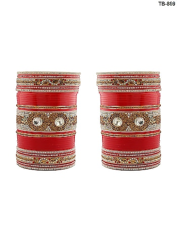 Buy latest bridal chura, wedding chooda, chura bangles, kalire, and fancy chuda online at low price from the store of Anuradha Art Jewellery. To see more designs click on this link: http://bit.ly/2AUjkXZ  #bridalchura #bridalchooda  #punjabichura #bridalbangleset #punjabichooda #chura #chuda  #bridaljewellerybanglesforbride  #weddingchura #bridalbanglesset  #kangan #bridalkangan #chudiyan  #weddingjewellery #redbangleset  #bridalset #kaleera #jewellery #kalire #anuradhaartjewellery