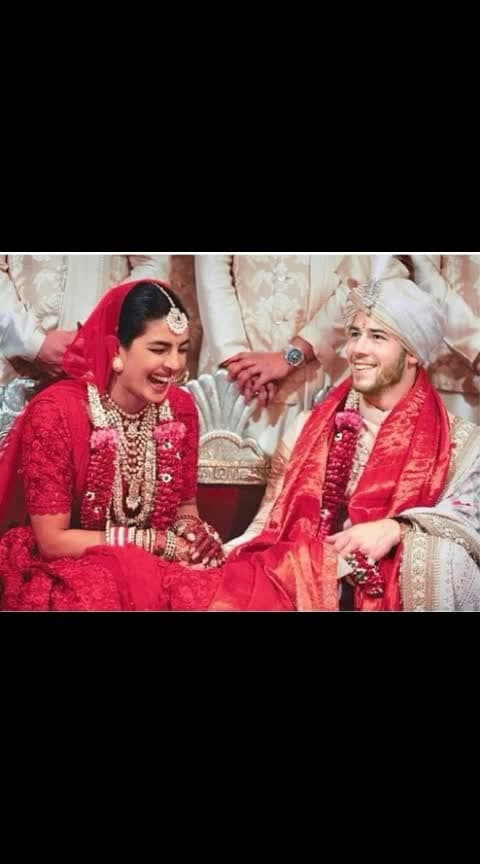 Congratulations To both of u #priyankachopra nd #nickjonas #nickyankawedding #pics.... #indianmarriage #pic #filmistaan