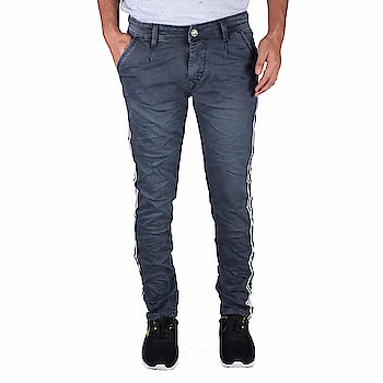 Drywa Men's Regular Fit Denim Jeans Size (Blue)   Fit Type: Regular Fit Style - Casual wear. Material - Denim jeans. Wash care instructions: Do not bleach, dry in shade What you see is what you get: We strive to make our colors as accurate as possible. due to monitor settings, monitor pixel definitions, we cannot guarantee that the colour you see on your screen as an exact colour of the product This men's jeans is made with 100 % pre-shrunk and pill-resistant Denim They are very stretchy. Still perfect fit even after the wash. Disclaimer - Kindly refer to the size chart (also in images) for fitting measurements  Buy Now :- https://amzn.to/2QEPmkL
