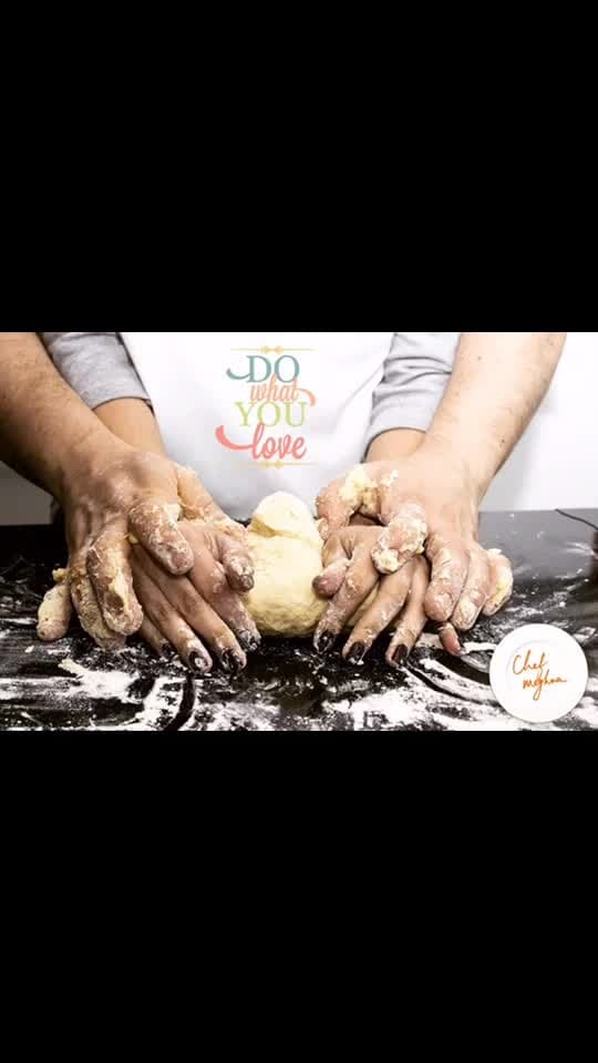 Baking is Love, do you know why? Imagine coming home tired from a long day's work .... Read onhere.. http://bit.ly/2PwBvIq .If not convinced, try out any of the recipes from Meghna's Food Magic. 💋💋💋 Love M  #ChefMeghna #baking #love #baker #foodblog #food #Mondaymotivation #mom #kids #family
