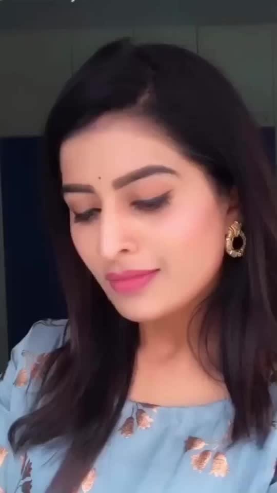 #anshu #anshureddy #telugu #tamil #roposo-telugu #telugu-roposo #telugusongs #roposo-tamil #tamilsong #tamil-actress #teluguactress #swamirara #nikhil #swathi #coloursswathi