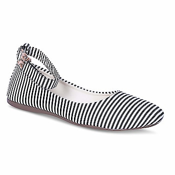 Tryfeet Women's Faux Leather Bellies  Upper Material: Faux Leather, Sole Material: TPR 100% quality of products are sure. Tryfeet is an iconic youth brand, designed to match the latest trends of the new generation. A perfect combination of comf  Buy Now :- https://amzn.to/2G8rPVm