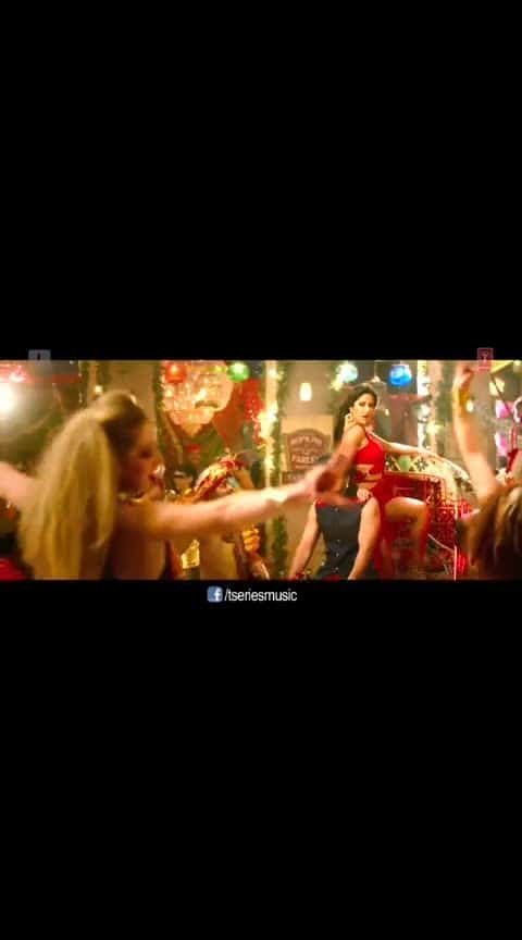 husnparcham  #katrinakaif #shahrukhkhan #anushkasharma #anandlrai #redchilliesentertainment #thanks-roposo-for-such-a-colourful-video #filmistaan #filmiduniya