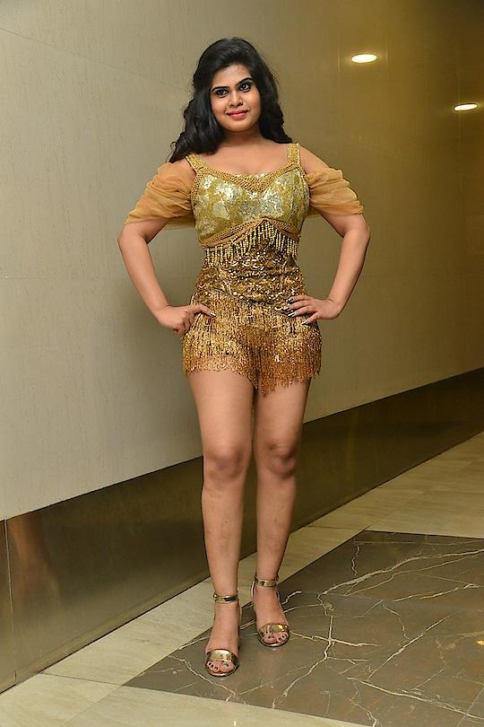 Alekhya Angel Kondapalli hot stills at KGF movie Pre-Release Event https://www.southindianactress.co.in/models/alekhya-angel-kondapalli-kgf-pre-release/  #alekhya #alekhyaangel #alekhyakondapalli #alekhyaangelkondapalli #southindianactress #teluguactress #tollywood #tollywoodactress #indianactress #indiangirl #indianmodel #actress #fashion #style #hot #hotdress #hotmodel #hotgirl #hotactress #goldendress #dancedress #dancefashion
