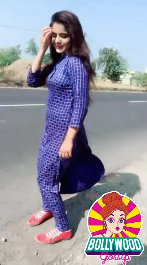 #ropo-love #rops-star #roposoeffects #instapost #indian #best-song #sexy-look #super-sexy #sexygirl #hot-hot-hot #hotmodel #love