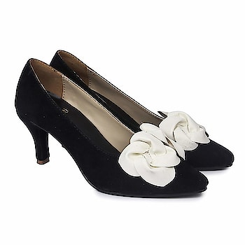 SkoSti Black Color Stylish Suede Court Shoes for Women/Girls  Sole: PU Closure: Slip On Heel Size : 4 Inch :: Upper Material : PU :: Insole Material : PU Color : Black :: Package: 1 Pair court shoes| Life Style: Casual, Formal wear, Party Wear Sandals. These modern Heels are very Stylish, Fashionable and very easier to wear. Skosti brings you directional and affordable fashion inspired by the catwalk, street style and celebrities. Keep visiting for regular new collections! Comfortable Movement- Skosti Footwear allows the feet to move as naturally as possible, particularly around the toe area where maximum flexibility is required.  Buy Now :- https://amzn.to/2QwHaDR