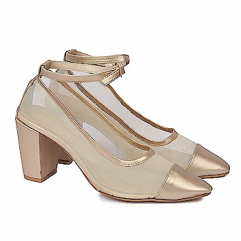SkoSti Golden Color Stylish Net Block Heel Sandals for Women/Girls  Sole: PU Closure: Slip On Heel Size : 4 Inch :: Upper Material : PU :: Insole Material : PU Color : Golden :: Package: 1 Pair sandal :: Life Style: Casual, Formal wear, Party Wear Sandals. These modern Heels are very Stylish, Fashionable and very easier to wear. Skosti brings you directional and affordable fashion inspired by the catwalk, street style and celebrities. Keep visiting for regular new collections! Comfortable Movement- Skosti Footwear allows the feet to move as naturally as possible, particularly around the toe area where maximum flexibility is required.  Buy Now :- https://amzn.to/2EhTsZs