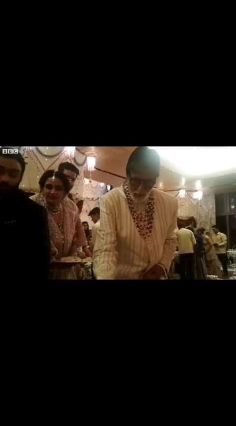 #amirkhan #serving #food #ambaniwedding