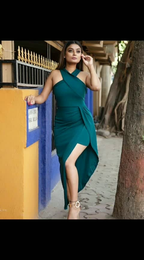 That chicken legs 🍑, Chicken kabab 😍 Fleshy legs ! . . . Wearing..@shein_in @sheinofficial 👗👗👗👗 . . #ropo-love #ropofashison #actor #model #shootings #sheinofficial #dress #risingstar #roposostar #roposofeed #fashion #mumbai #blogger #roposo #roposodiwali #filmistaan #ropsoeffects #ropolive
