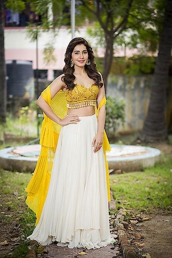 Raashi Khanna at Adanga Maru movie Pre-Release Event Press Release wearing beautiful lehenga by The Deccan Story, styled by Nithisha Sriram https://www.southindianactress.co.in/telugu-actress/raashi-khanna/raashi-khanna-adanga-maru-pre-release/  #raashikhanna #southindianactress #teluguactress #tollywood #tollywoodactress #indianactress #indiangirl #indianmodel #actress #fashion #style #lehanga #lehengaskirt #lehengacholi #lehenga-for-wedding #indianfashion #indianstyle #indiandress #skirt #whiteskirt #indianbeauty #beauty #beautifulgirl #beautifulactress #southactress