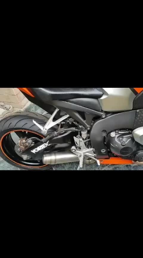 Honda Cbr1000rr Fireblade  #honda #cbr #cbr1000 #hondaindia #bike #superbikes #superbike #loud #superbikesinindia #superbikers #indian #sbk #yamaha #ducatiindia #ducati #suzuki #harleydavidson #kawasaki