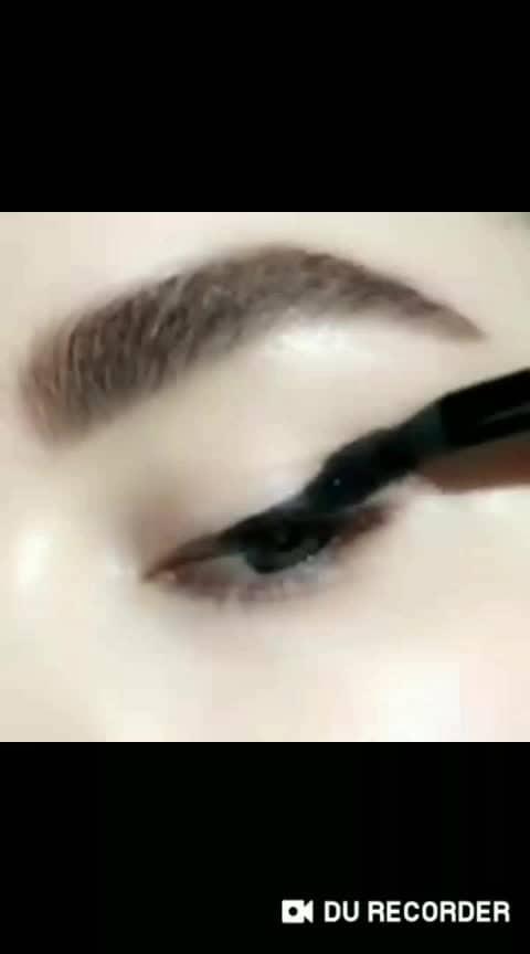 Cat #eyemakeuptutorial #fashionquotientchannel #lookgoodfeelgoodchannel #handart #featurethisvideo