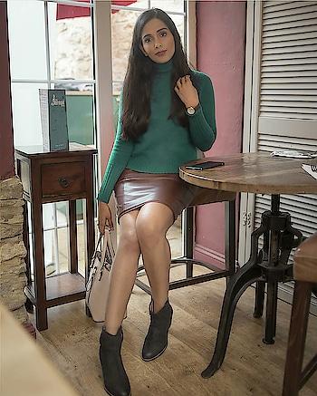 Leather Skirt Trend  #winterfashion #winterstyle #wintertime #wintersfashion #fashionblogger #ukfashionblogger #indianfashionblogger #beautyblogger #delhifashionblogger #londonblogger #travelblogger #roposofashionblogger #roposofashion #roposofashiondiaries #styleadvice #greenjumper #greensweater #brownskirt #leatherskirt #leatherskirtstyle #winterstyle #everydayoutfit