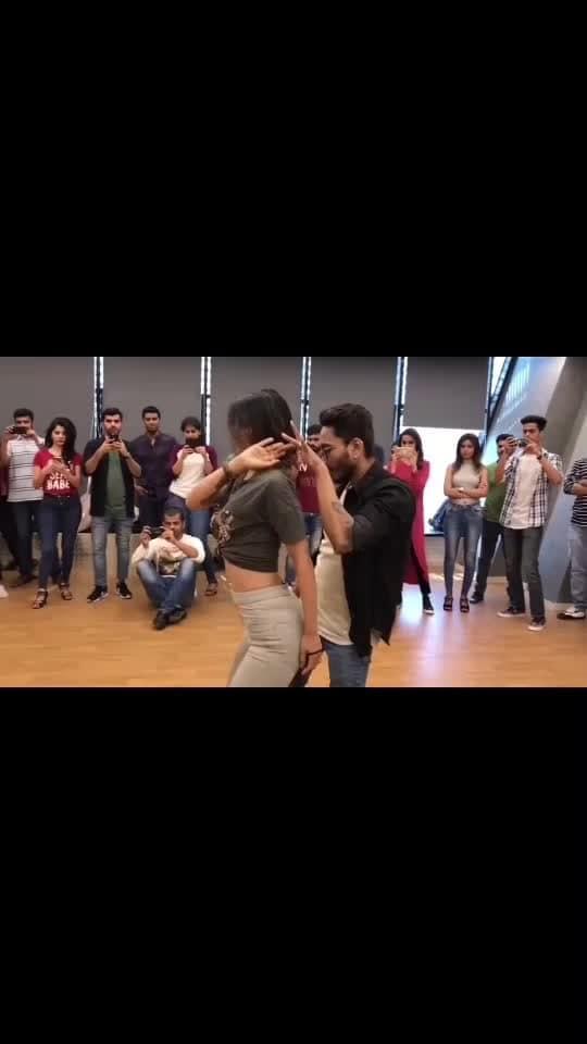 #bollywooddance #bollywoodmusic #bollywooddivas