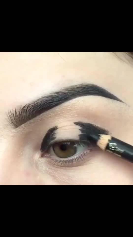 #eyemakeup #makeup  #makeupartist #beauty #eyeshadow #makeuptutorial   #makeupaddict #fashion #love #makeuplovr #wakeupandmakeup  #ropomakeup  #makeuplook  #eyelashes  #eyes  #eyeliner #makeupjunkie #cosmetics #model #fashion #roposo