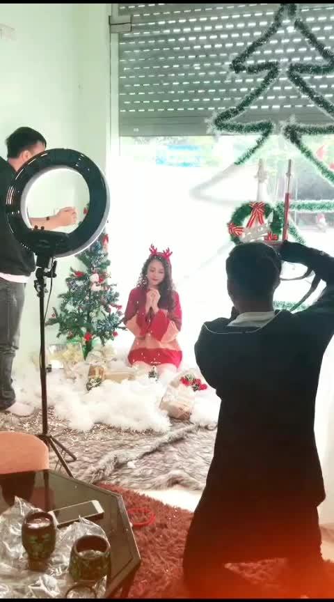 #weeklyhighlights #superstar #alinekurti #shootingtime #in Christmas#pleasecomment #plaese like marrychristmas