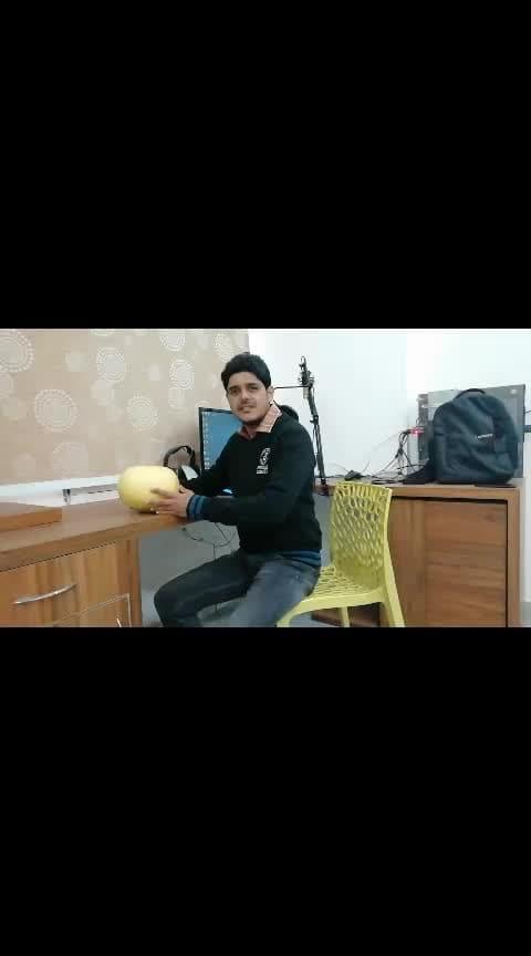 Duniya ke sabse badha nimbu lemon fruit  Website-https://www.vikasfitnessguide.com  #lemons #lemonyellow #biggest