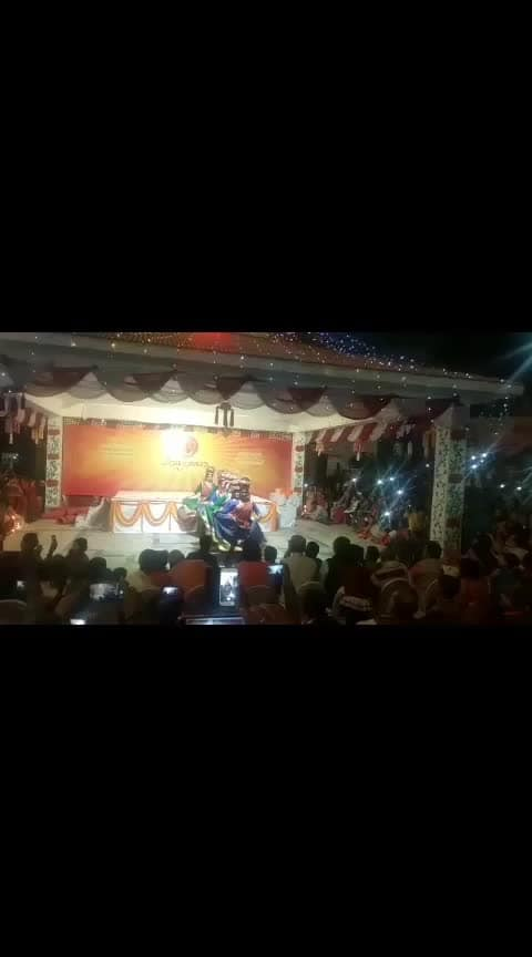 #lali_kali_re #bhuians #bhuite #_only_friendship #_only_follow_me #assi_ghat #varanasi #banarasi #roposo #ganga #evening
