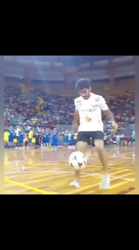 #legend #ronaldinho  #football #soccer #ball #legend #ronaldo #roposo-sport #stadium