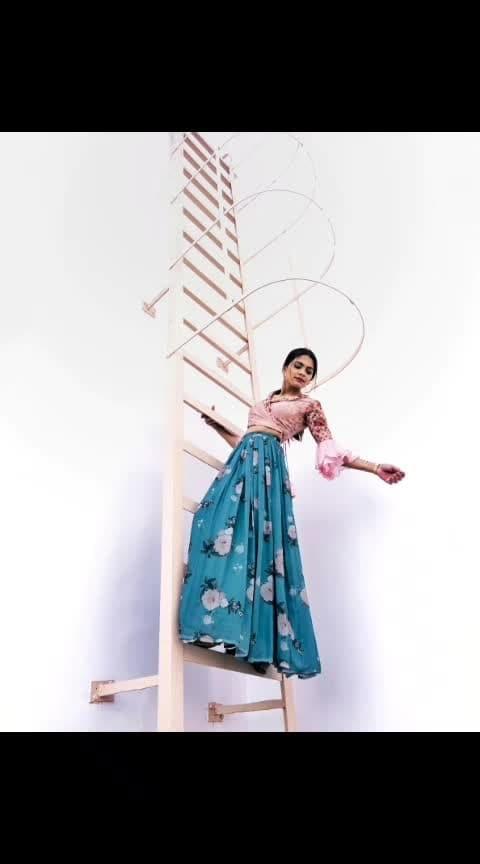 Life- There are fuckbois on the floor Me: . . . . Photography- @iigauravii  Outfit- @flyrobe  Location- @parkinn_ipextension . . . . #photography #style #stylegram #styleguide #styleinspo #styleinfluencer #styleinspiration #fashionblogger #fashionpost #fashionaddict #fashionicon  #fashionist #fashionable #fashionlife #fashionlove #fashionlook #fashionblog #fashionshop #fashiondaily #fashionworld #retro #90sfashion #sarcasm #captions #aashimalamba #thebasicrebel